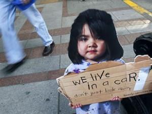 USA: Fattigdommen breder sig; i tre byer lever flertallet af børn nu i fattigdom