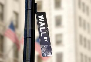 Fra LaRouche-bevægelsen 15. jan. 2015:  <br>Wall Street/London-bankerot optrapper momentum for verdenskrig