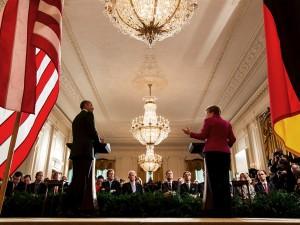 LaRouche: Fjern Merkel og Obama nu!