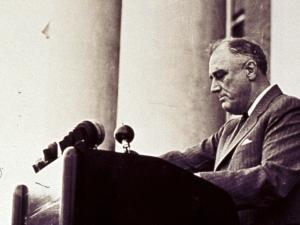En sammenbrudskrise ud over, hvad Franklin Roosevelt stod overfor i 1933: <br>Tag de rette skridt, og tag dem NU!