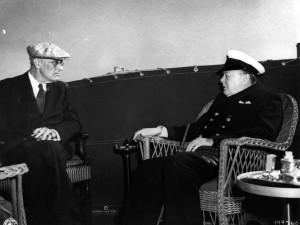 Tema-artikel: Begynd med Franklin Roosevelts helhedsidé. <br>FN for fælles, økonomisk opbygning af verden, <br>ikke Det britiske Imperium