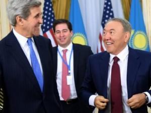 USA's udenrigsminister Kerry: <br>USA, Rusland og Kina bør samarbejde om økonomisk udvikling