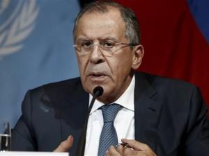 Lavrov afslører, at den USA-ledede koalition med overlæg <br>skåner ISIS for at svække Assad-regimet