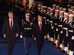 USA: Tidl. forsvarsminister William Perry: <br>Stands dette forbandede atomvåbenkapløb!