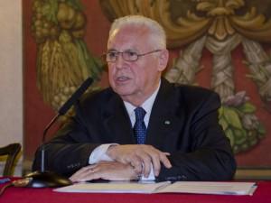 Tidl. italienske generalstabschef Arpino: <br>Kun Obama kan tro, at russerne er ved at tabe