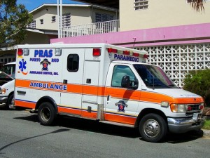 Bail-in-folkemord for Puerto Rico; afstiv værdiløse aktiver, <br>eller mist livreddende tjenester