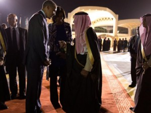 Ét minut før midnat; Tiden er inde til at <br>fordømme den saudiske barbarisme og Wall Street