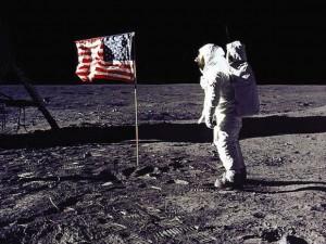Vi må genoptage denne søgen efter <br>menneskets rolle i universet, og skabe <br>fremtidige generationer af genier