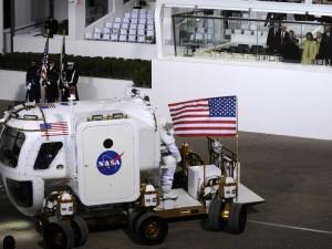 Uden et rumprogram er der ingen menneskehed – <br>»Houston, vi har et problem: Det er Obama«