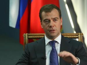 Ruslands premierminister Medvedev advarer om »Verdenskrig«