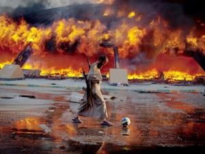EIR's Jeffrey Steinberg fremlægger <br>Lyndon LaRouches analyse af Libyens rolle <br>i Nordafrikas og Mellemøstens nuværende <br>situation, med fare for en generel atomkrig, <br>og Hillary Clintons rolle