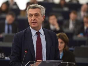 Rusland, FN, menneskerettighedsgrupper og <br>EU-grupper fordømmer aftale med Tyrkiet