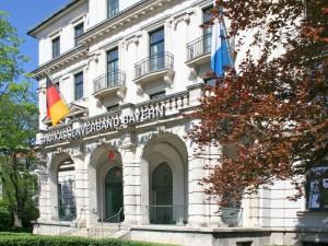 Tyske sparekasser fordømmer ECB's politik