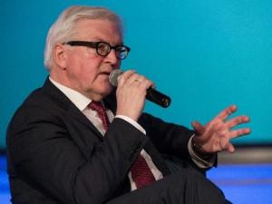 Den tyske udenrigsminister Steinmeier <br>citerer Franklin Roosevelt i Washington; <br>kræver åbne grænser og <br>en Marshallplan for Mellemøsten