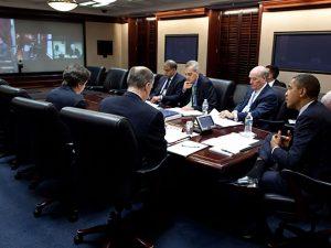 Obama lancerer to krige mere – fjern ham nu eller imødese global krig.