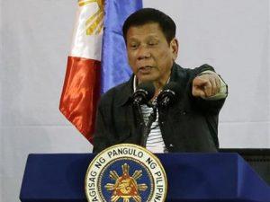 Filippinernes præsident angriber UK og USA for terrorisme