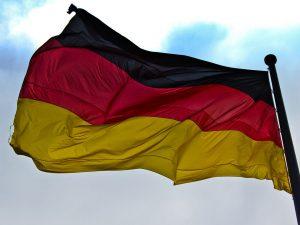 Lyndon LaRouche: »Vi må hjælpe Tyskland, <br>for uden at opretholde et stabilt tysk system, <br>kan vi ikke forhindre krig!«