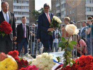 Ruslands udenrigsminister Lavrov <br>og USA&#8217;s udenrigsminister Kerry <br>enes om køreplan for samarbejde i Syrien
