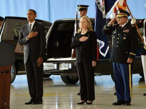 Præsidentvalg i USA: Lyndon LaRouche: <br>Hillary Clinton er Obamas medhjælper, <br>for krige og for Wall Street