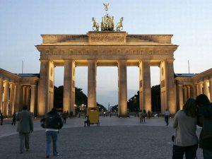 Valg i Tyskland: Storkoalition har ikke længere flertal efter valg til Landdagen i bystaten Berlin
