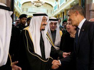 Obama er en britisk agent, og han vil <br>handle i overensstemmelse hermed, <br>indtil han sparkes ud af embedet
