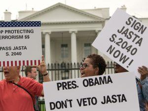 Stormvejr over JASTA mod Obama/Bush/London; <br>LaRouche: »Bliv ved! Stop ikke!«