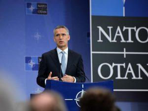 NATO's forsvarsministre mødes om NATO-oprustning imod Rusland