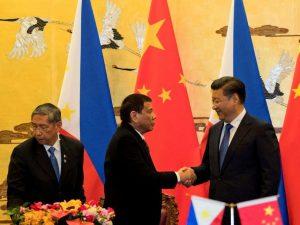 Xi Jinping byder den nye relation med Filippinerne velkommen