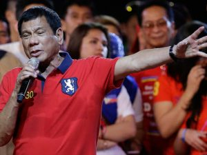 Dutertes mediedirektør opslår EIR-artikel om Marcoskuppet <br>og LaRouche-video om Filippinerne på Facebook