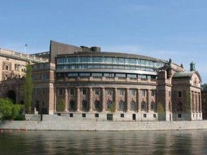 Ny indstilling om bankopdeling i den svenske Riksdag