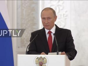Putin ser håb for amerikansk-russiske relationer