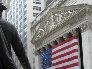 Og nu til den virkelige kamp <br>– imod Wall Street