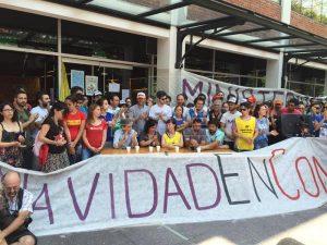 Argentinske forskere trækker en streg i sandet; <br>Videnskab er en forudsætning for nationens udvikling