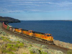 Sydamerikas bi-oceaniske jernbane vil opkoble til <br>det asiatiske Stillehavsområdes »økonomiske dynamiskhed«