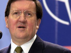 Tidligere NATO-chef advarer om »søvngængeri« ind i en konfrontation med Rusland