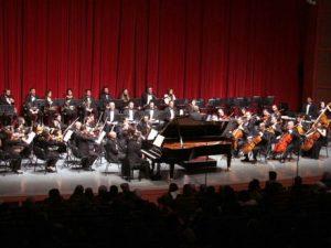 Klassisk koncert i Syrien tilbyder skønhed <br>for at »overvinde krigens grusomhed«