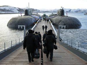 Royal britisk tænketank er fortaler for at udvide krigsfronten <br>mod Rusland til at omfatte det nordlige Atlanterhav
