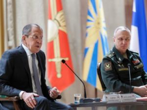 Ruslands udenrigsminister Lavrov: <br>Verden er under forandring; USA vil måske vende tilbage <br>til sin glemte oprindelse fra sine grundlæggende fædre