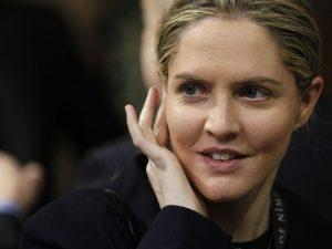 Britiske agenter: Louise 'Unmensch' ønsker at møde Christopher Steele <br>for at afsætte præsident Trump ved en rigsret