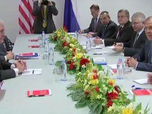 Sergei Lavrov og andre russere kommenterer <br>Rex Tillersons møder med Lavrov og Putin
