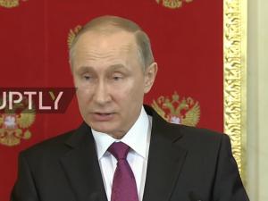 Putin advarer om nye provokationer i Syrien, lægger skylden på Obama