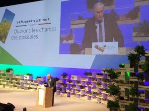 Valg i Frankrig: Jacques Cheminade, <br>leder af partiet Solidarité & Progrès, <br>præsenterer sit program for præsidentvalget <br>til arbejdsgivere, landmænd og mange andre