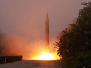 Nordkorea lancerer endnu et missil; <br>Rusland og Kina kræver en omfattende løsning