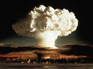 Krigsfeberen stiger <br>– 'Først Rusland, og dernæst Kina'