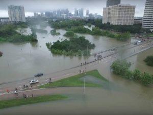 Ikke flere Houston-katastrofer: <br>Lyndon LaRouche siger, hvad det er, <br>der må ske 'lige med det samme'
