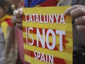 Catalansk folkeafstemning for 'uafhængighed' <br>fuset ud i sandet … for indeværende