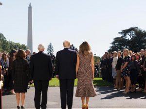 Trump ved en korsvej med sin Asien-rejse: <br>Mueller-truslen må fjernes