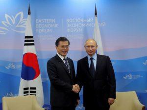 Fælles udvikling: Den eneste vej til fred i <br>Korea. EIR-lederartikel
