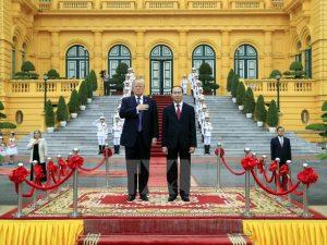 En venskabs- og samarbejdsånd karakteriserer Trumps <br>rejse til Asien; han fik en varm modtagelse