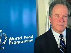 Direktør for FN's Verdensfødevareprogram tilskynder til anvendelse <br>af den kinesiske model for at takle fattigdom i Nordkorea